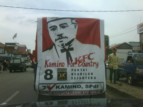 remember 4 something...ohya, paket panas: nasi, ayam, n coke